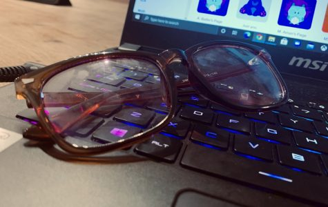 Fraud or Fact: Do blue light blocking glasses really help when on the computer?